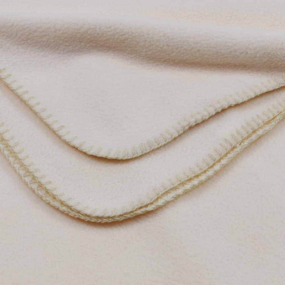 Deluxe Fleece Blanket: Cream