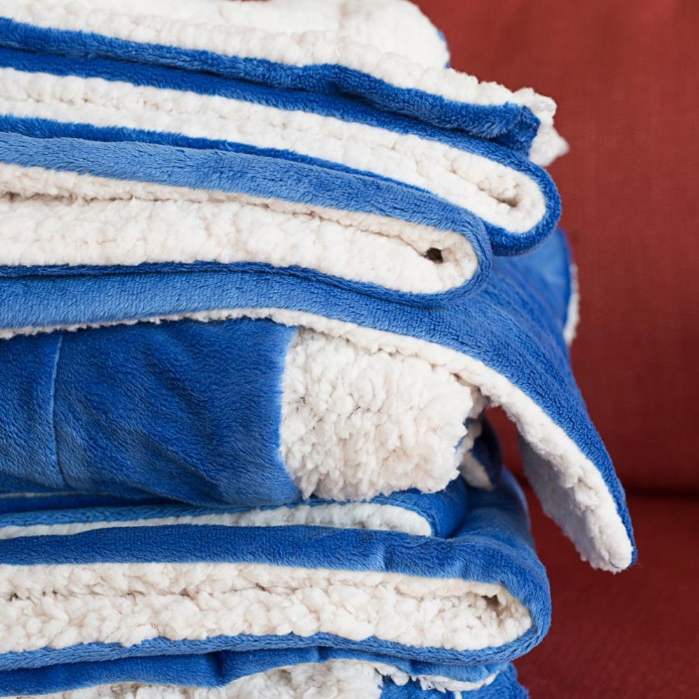 Sherpa Fleece Blanket: Royal