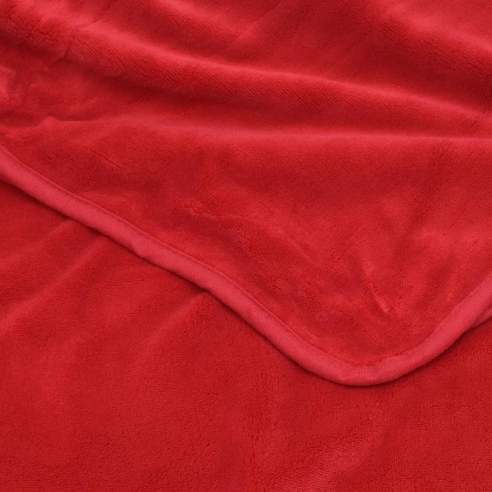 Coral Fleece Blanket: Red