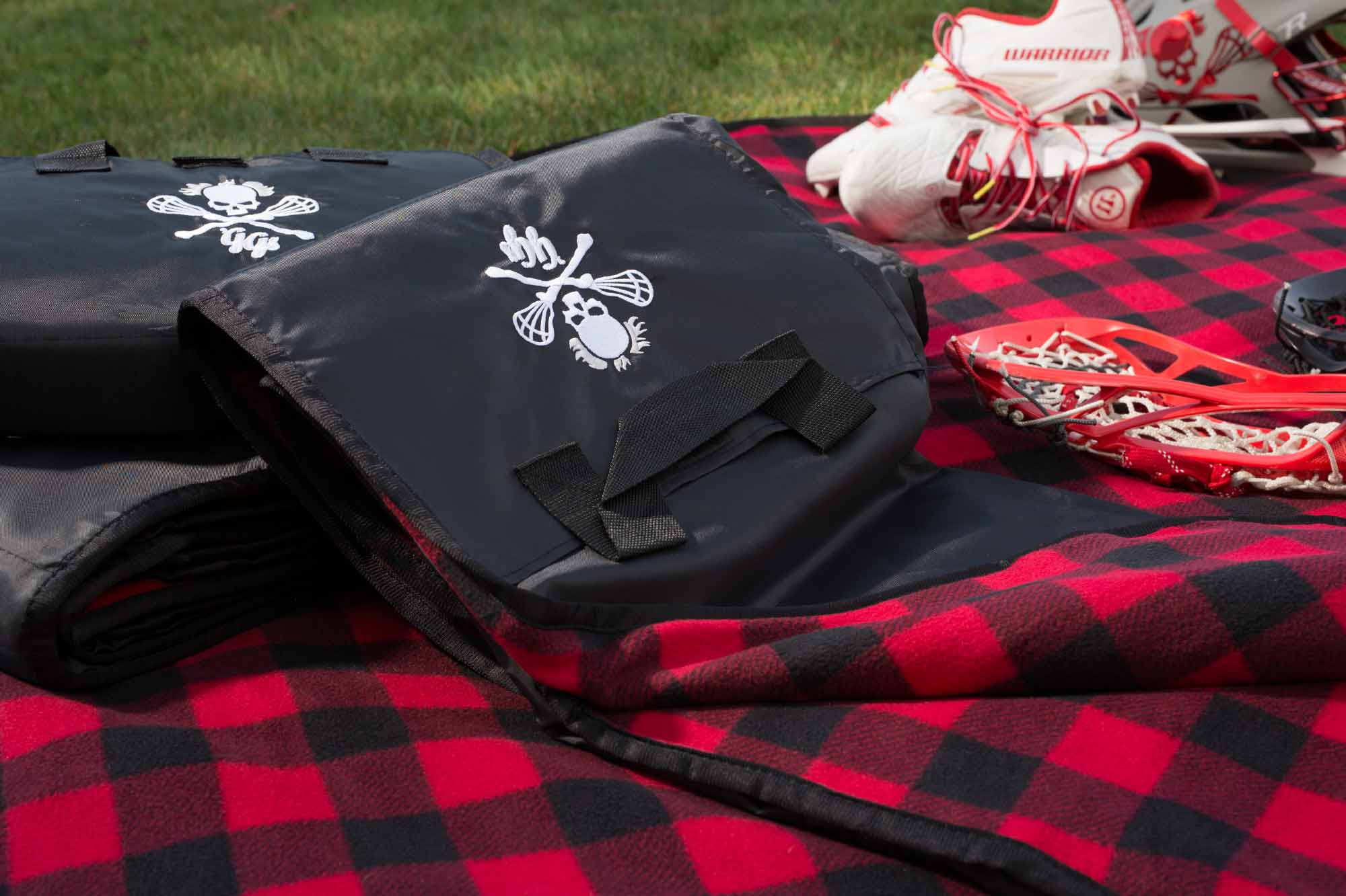 Picnic Blanket with Enbroidery
